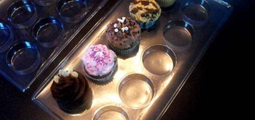 Chese plastic transparent pentru 10 prajituri, cupcakes, briose, muffins etc.