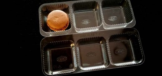 Chese personalizate pentru biscuiti, fursecuri, macarons sau alte produse sensibile la transport (model 4223).