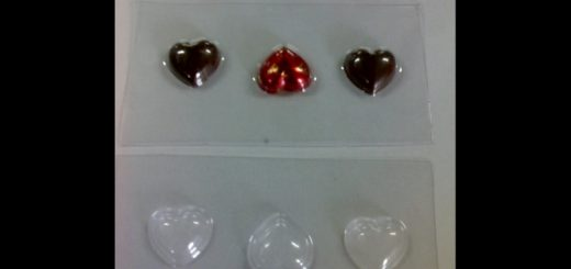 Forme turnat ciocolata model inimioare.