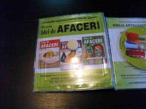 Ambalaje plastic pentru carte cu blister cd-uri.