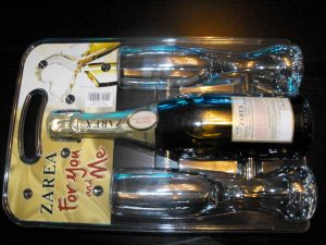 Blistere plastic pentru set cadou sticla sampanie Zarea (model 4077)