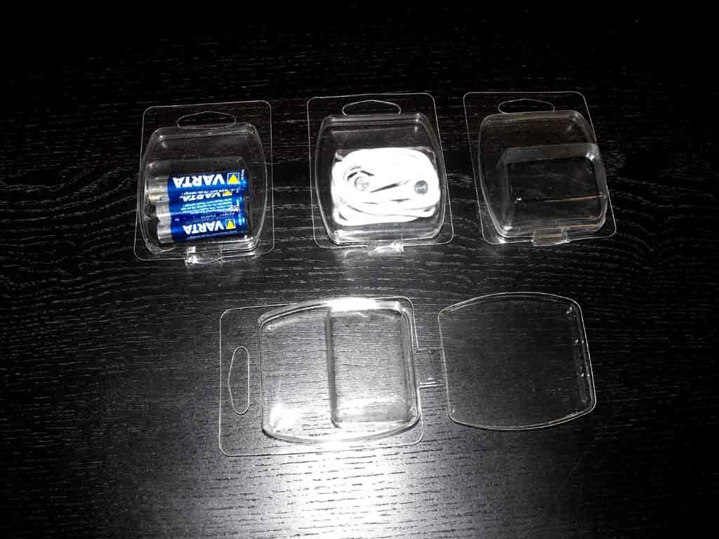blistere din plastic pentru accesoii mici.
