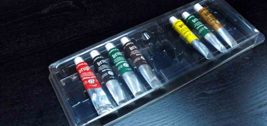 Blistere din plastic expunere acuarele, tempera