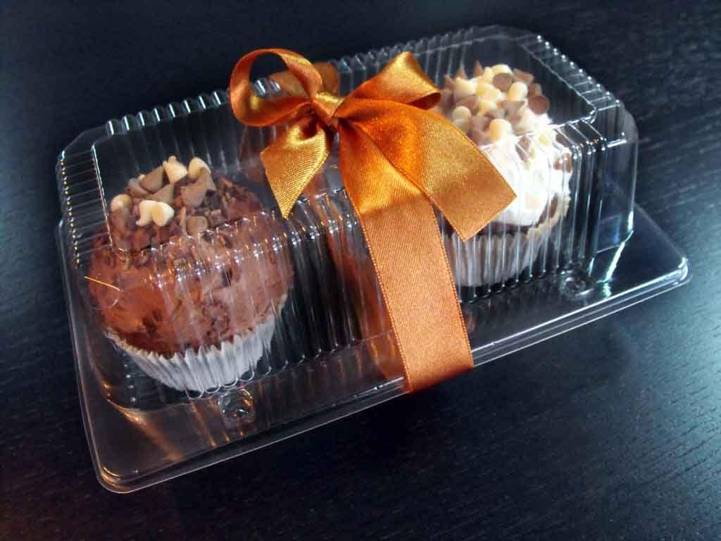caserola doua compartimente cu cupcakes personalizata cu funda