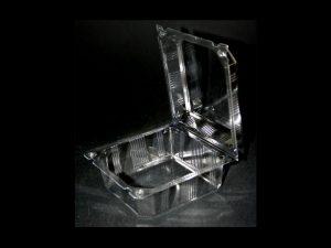 Caserole din plastic cu capac integrat (model Nova – 4196)