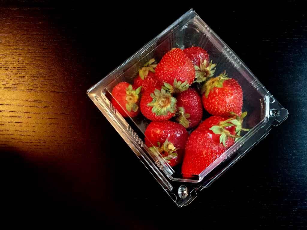 caserole plastic pentru capsuni, caserola fructe
