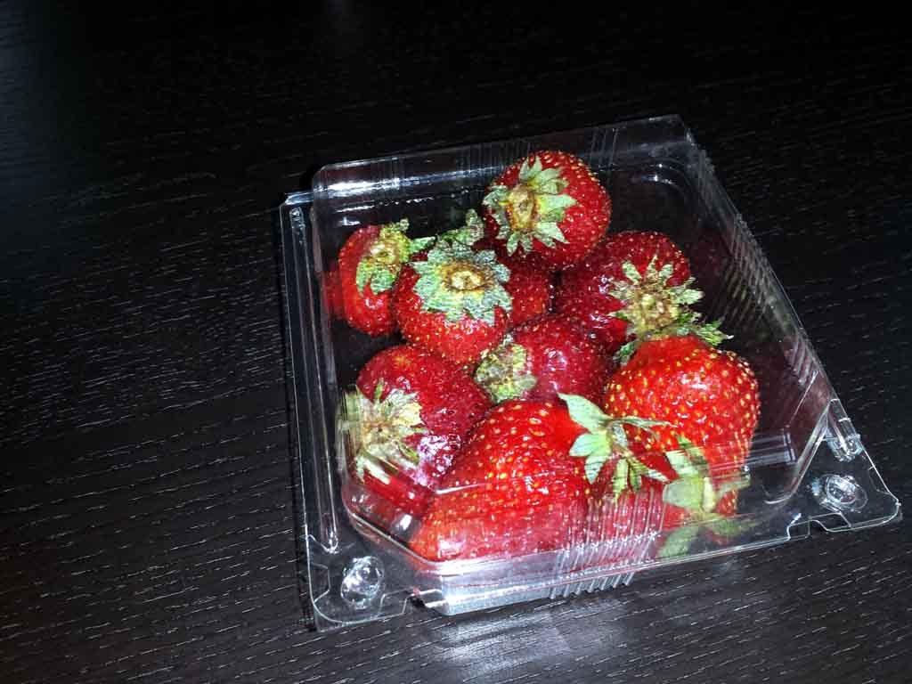 caserole plastic pentru capsuni, caserole pentru fructe