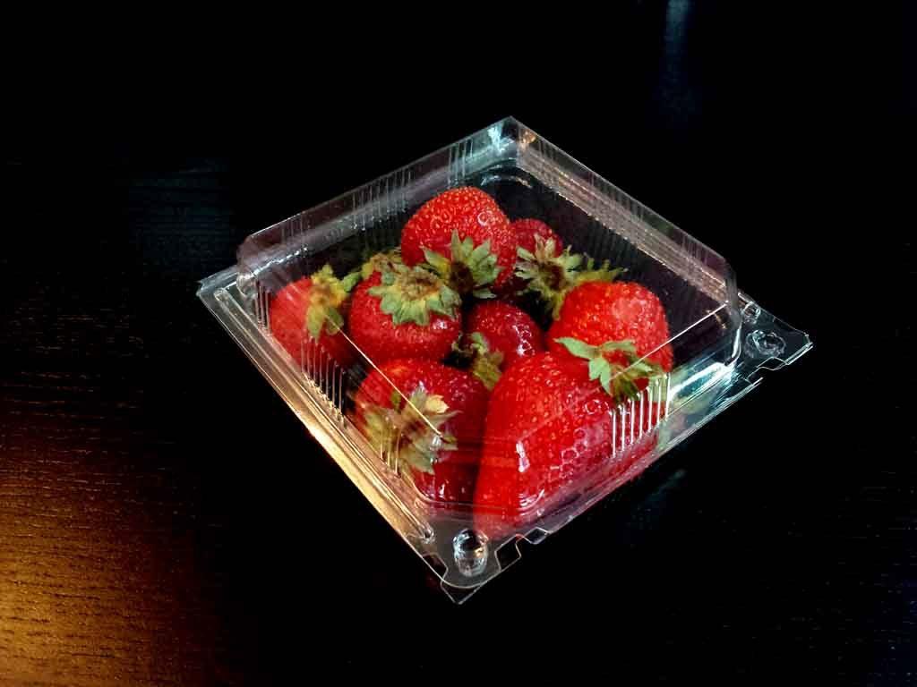 caserole plastic pentru capsuni, fructe