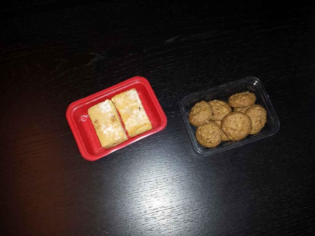 caserole plastic prajituri, caserole
