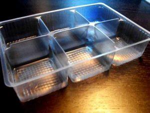Chese plastic cu 6 alveole pentru fursecuri etc.