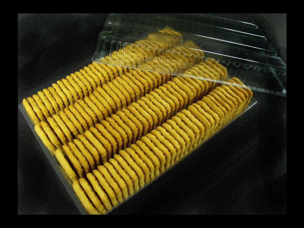 chesa biscuiti patrati 3-0