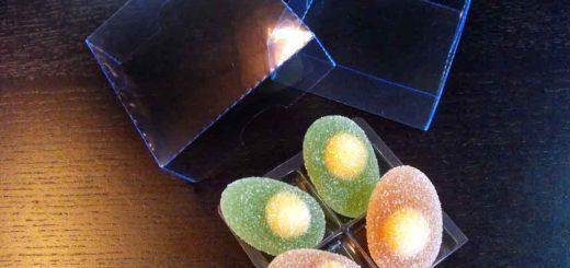 Chese din plastic pentru jeleuri in forme de oua