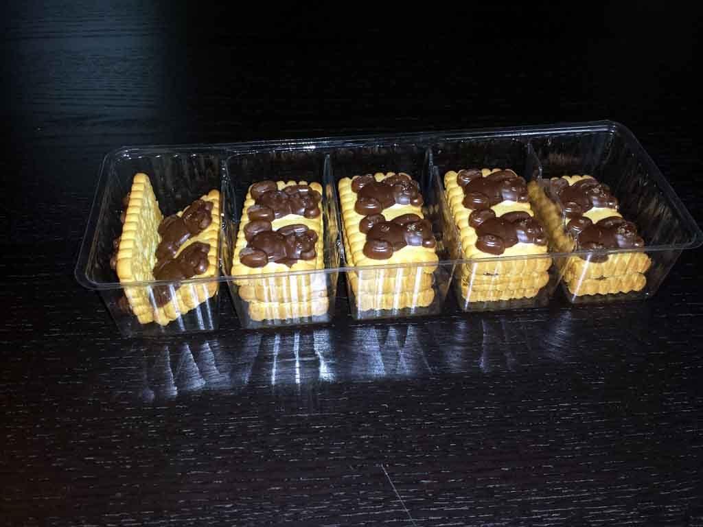 chese compartimentate biscuiti ciocolata, producator chese