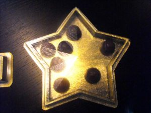 Chese plastic in forma de stea pentru praline, bomboane etc.