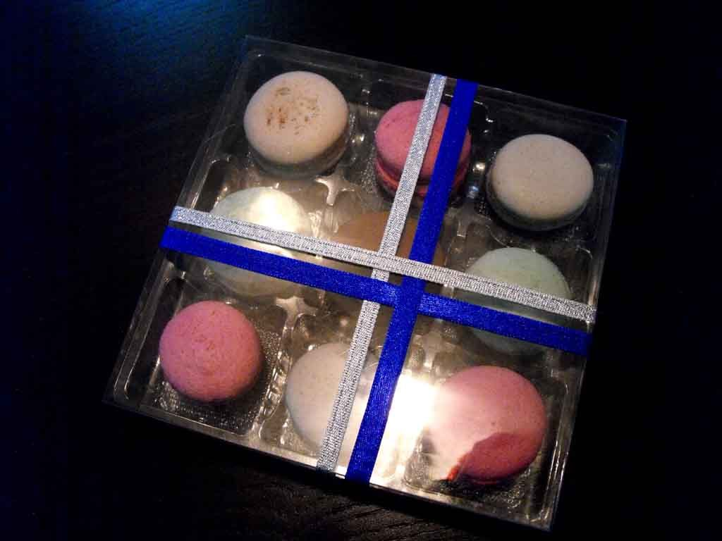 chese plastic in cutie, chese plastic macarons