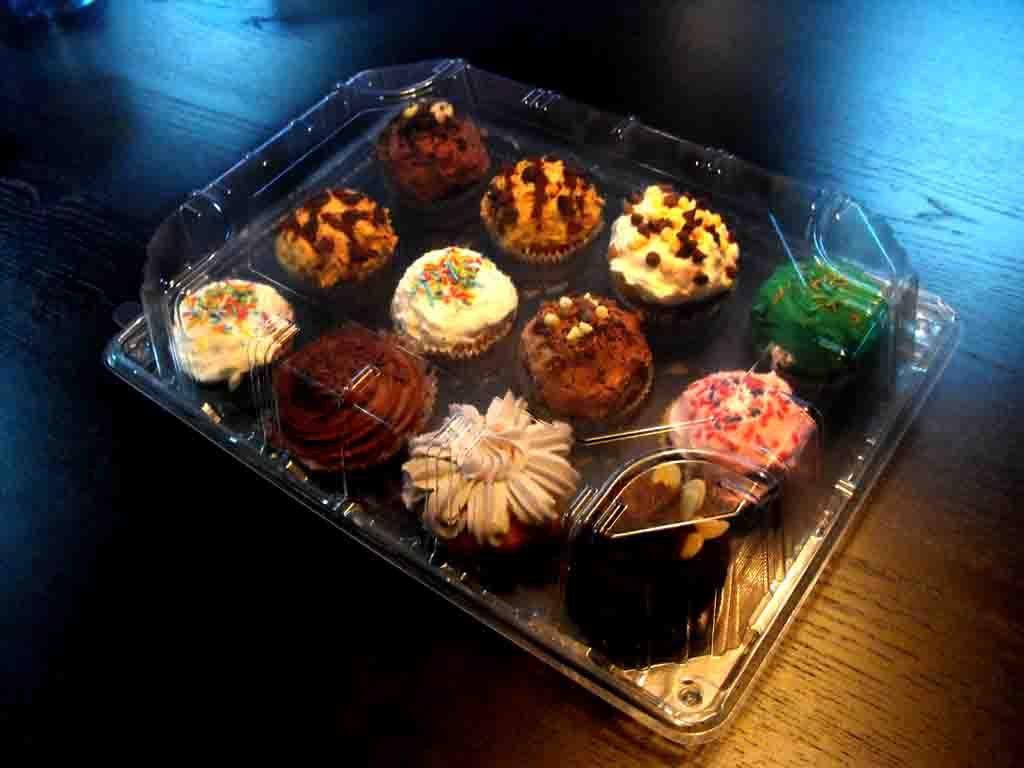 cutie plastic transparenta cupcakes 12 buc 2