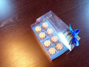 Chese plastic pentru bomboane in forma de floare etc.