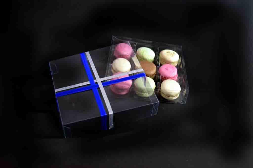 model 199 cutie transparenta cu funda chesa 9 macarons
