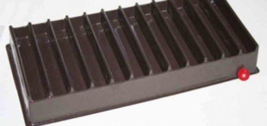 Chese din plastic pentru rulouri de ciocolata etc.