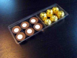 Chese plastic cu 4 compartimente pentru bomboane, praline etc.