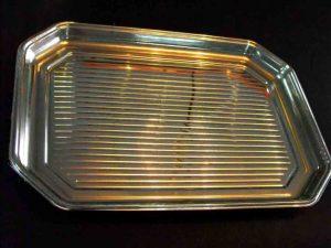 Tavi plastic aurii pentru prajituri, prajiturele etc.