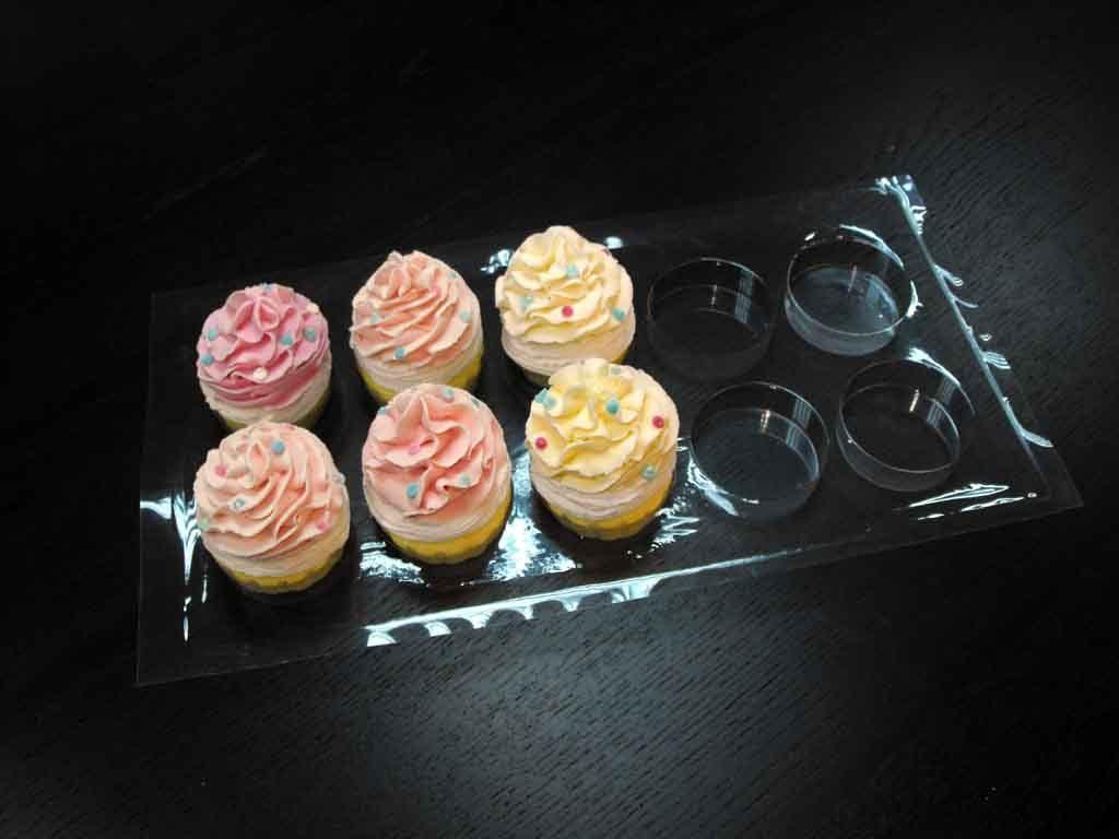tavi plastic pentru transport cupcakes